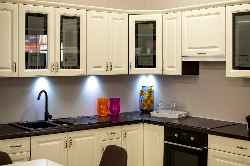 How To Set Up Your Kitchen Cupboards